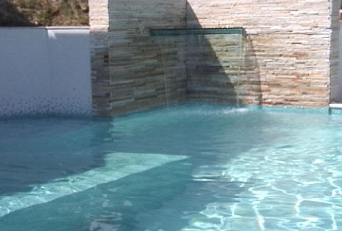 Fontes, cascatas, chafarizes e cortinas d'água